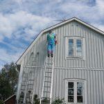 Farben für Fassaden und Holz